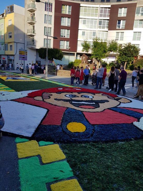 Las alfombras florales de Burela, de cómic - A Mariña ...
