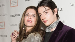Harry Brant y Stephanie Seymour. INSTAGRAM