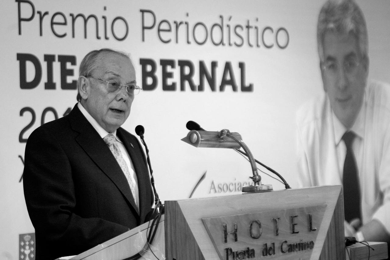 6e9bc8c6b820c Muere el periodista Juan Ramón Díaz
