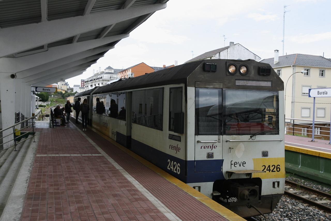 La plataforma del tren propone nuevos horarios y 4 paradas for Horario de trenes feve