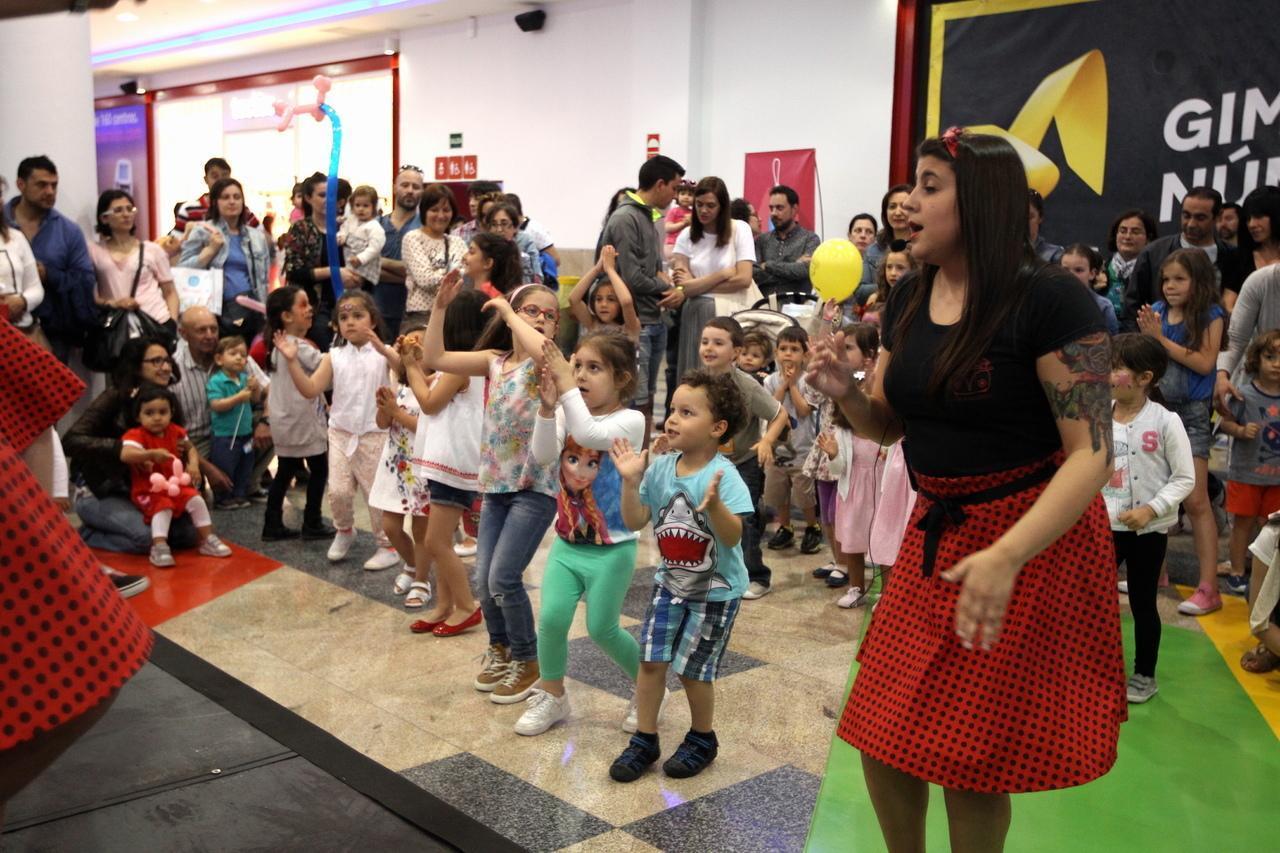 Toys R Us Abre Una Nueva Tienda En Abella De 1 400 Metros Cuadrados