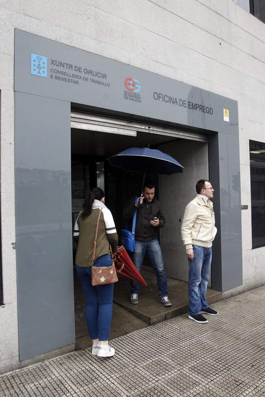 El paro aument en octubre en personas en galicia - Oficina de empleo galicia ...