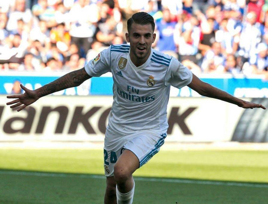 Dani Ceballos celebra uno de sus dos goles en el partido ante el Alavés bed9387c41532