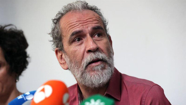 Willy Toledo sale en defensa del cómico denunciado por injurias al Apóstol