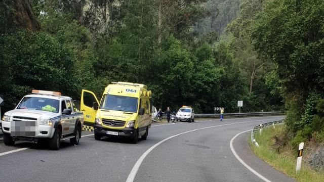 Lugar donde se registró el accidente, en la N-640, en A Pontenova. EP