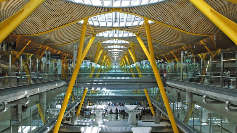 f16c4d45743 El Aeropuerto de Madrid Barajas es el centro de conexiones más importante  entre Europa e Iberoamérica
