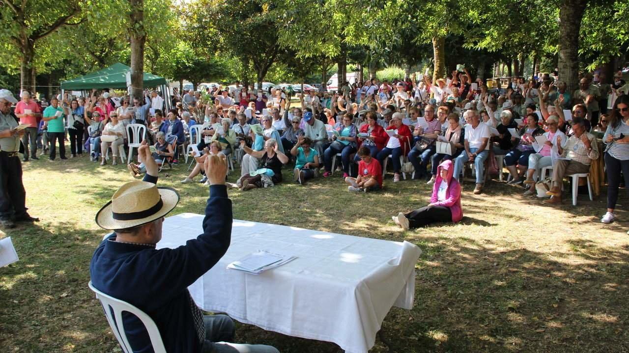 Un momento da celebración colectiva na Romaxe de Crentes Galegos. C. PÉREZ