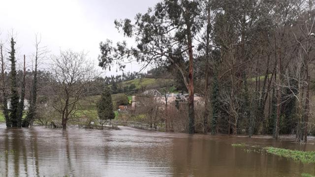 Desbordamiento del río Masma en Celeiro de Mariñaos (1).EP