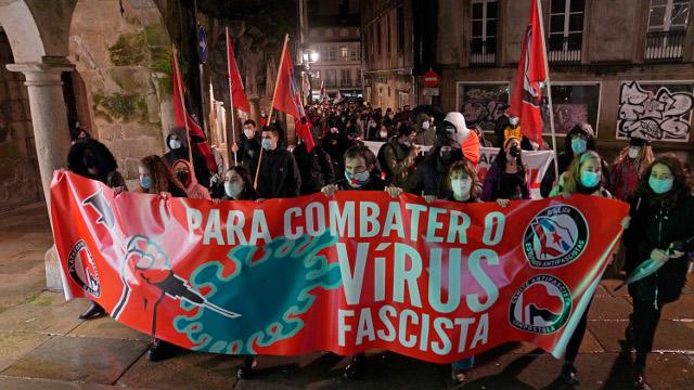 Encarcelado el rapero Pablo Hasél tras ser detenido por los Mossos en la Universidad de Lleida. Manifestaciones de apoyo y denuncia en distintas ciudades. 2021021722122811204